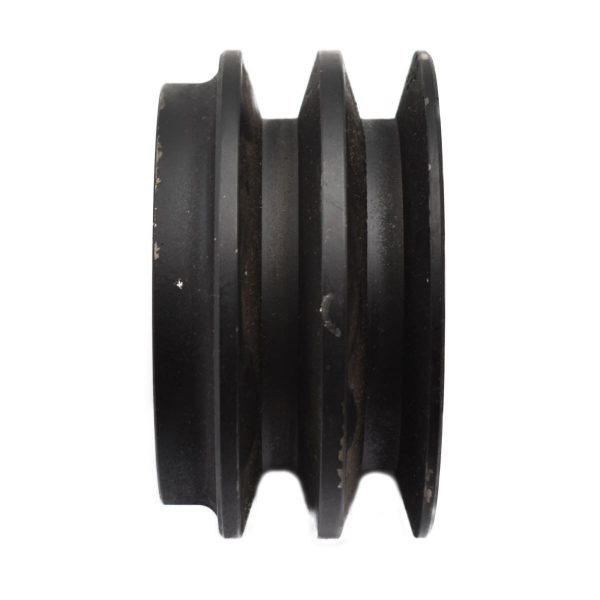 FRONT PTO PULLEY ISEKI Original part number: F2-003-00 F200300 concerns original Iseki part! dimensions: Diameter: 110mm Heigth: 57mm