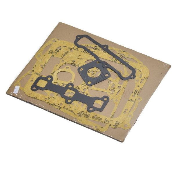 GASKET SET ISEKI, MITSUBISHI, L3 ENGINE Set contents: (among others) Inlet + exhaust gasket Distribution gasket Crankcase gasket ect. Attention !: Without head gasket Without valve cover gasket Without Valve seals Engine: L3A L3B L3C L3D L3E Iseki TU: (Landhope) TU125 TU135 TU137 Mitsubishi: MT14 MT16 MTX13 MTX15 MT165