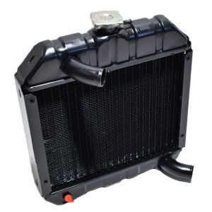 1524172062 / 15241-72062 / 15241-7206-2 RADIATOR KUBOTA B7000 Kubota: B7000 Dimensions: Width: 365mm Height: 400mm (without the filler cap) Thickness: 70mm Connection at the top: 35mm Connection at the bottom: 35mm Including overpressure hose