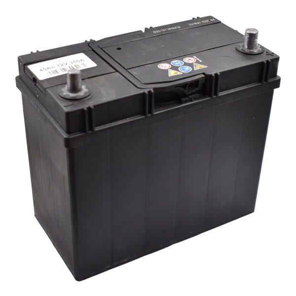 Battery 45AH (SMALL POLES) Extra information: Suitable for mini-tractors 45AH battery maintenance free Pooltype 3 Dimensions: Length: 235mm Width: 125mm Height: 200mm Iseki Kubota Yanmar Shibaura Hinomoto mini tractor mitsubishi